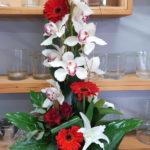 Composition haute rouge et blanche